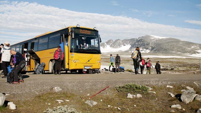 Skyttelbuss på Snøheimvegen